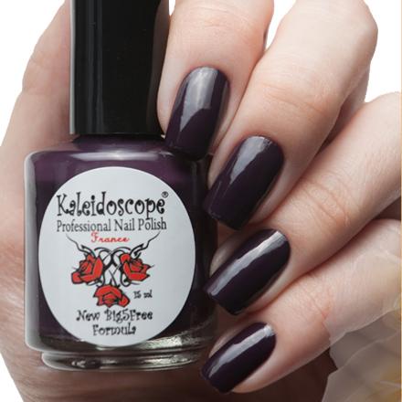 El Corazon, Kaleidoscope № IL-06 Надо выгулять лакEl Corazon <br>Лак для ногтей тёмно-лиловый, без блесток и перламутра, плотный. Объем 15 мл