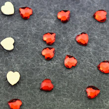 Купить Patrisa Nail, Фигурные стразы «Сердце» 4х5, 5 мм, красные, 10 шт.