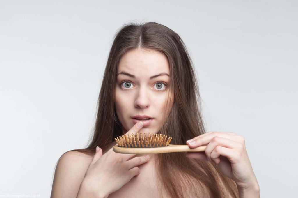 Рейтинг ТОП-10 лучших шампуней от выпадения волос